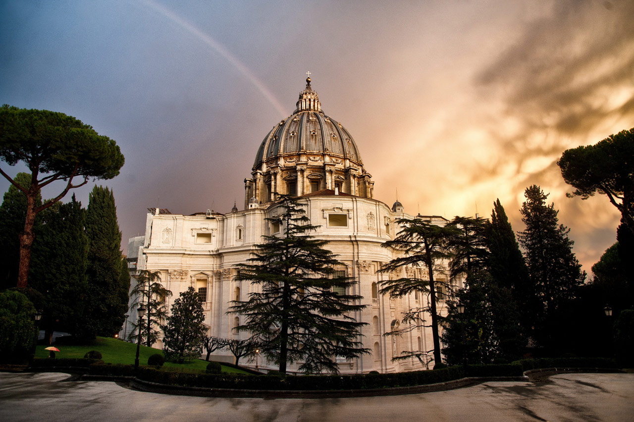 St Peter basilica with rainbow, Vatican, Italy ©Massimiliano MIGLIATORE/CPP
